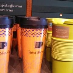 Photo taken at Peet's Coffee & Tea by Steven V. on 4/7/2013