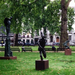Photo taken at Berkeley Square by Victoria D. on 9/28/2013