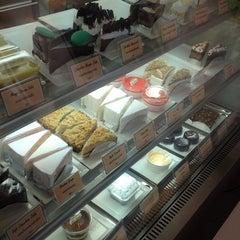 Photo taken at B's Sweet (บีส์สวีท) by Komon N. on 11/19/2014