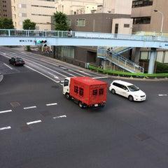 Photo taken at 大門 交差点 by Taichi Ω. on 9/19/2015