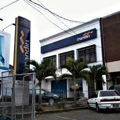 Photo taken at Bank Mandiri by Lutfi F. on 12/26/2013
