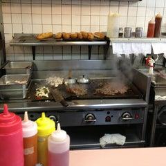 Photo taken at Ishkabibble's Eatery by AlohaKarina 🌺🌈🏄🏻🍹 on 7/12/2013