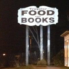 Photo taken at Traveler's Restaurant by AlohaKarina 🌺🌈🏄🏻🍹 on 12/14/2012