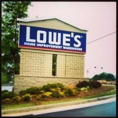 Photo taken at Lowe's Home Improvement by _DJ_Thiago (. on 6/7/2013