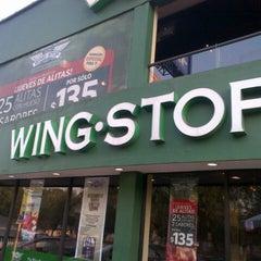Foto tirada no(a) Wing Stop Sports por Arturo E. em 4/14/2013