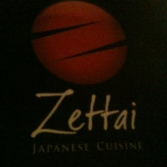 Photo taken at Zettai - Japanese Cuisine by Kadu Z. on 4/17/2013