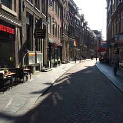 Photo taken at Zeedijk / 善德街 by amsterdamize on 9/15/2014