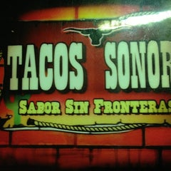 Photo taken at Tacos Sonora by Aarón P. on 4/14/2013