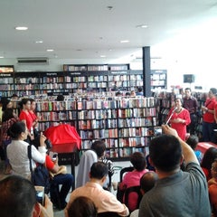 Photo taken at Fully Booked by Ryann R. on 7/21/2013