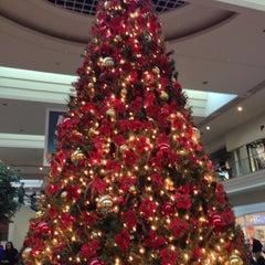 Photo taken at Oxmoor Center by HammieHamHam™ on 12/22/2012