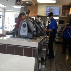 Photo taken at McDonald's by Raimundo M. on 10/16/2012