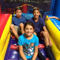 Photo taken at Pump It Up by Daryn D. on 9/28/2014