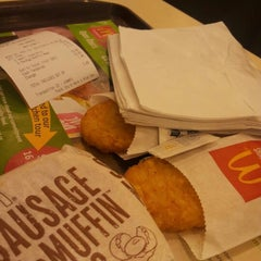 Photo taken at McDonald's by Edgar W. on 10/21/2012