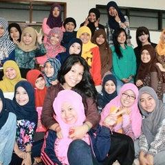 Photo taken at Universitas Pasundan (UNPAS) by Dinny K. on 11/29/2013