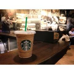 Photo taken at Starbucks by Ya K. on 12/2/2012