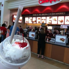 Photo taken at Chick-fil-A by Fresh S. on 5/17/2014