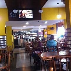 Photo taken at Alla Zíngara Restaurante by Waldyr D. on 5/9/2013