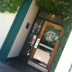 Photo taken at Starbucks by Jenny H. on 6/16/2013