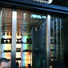 Photo taken at Oriol Balaguer by Arnau B. on 11/12/2012