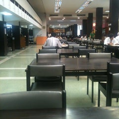 Photo taken at National Library of Thailand by Parinya K. on 11/26/2012