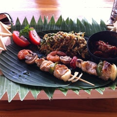Photo taken at Le - Zat Beach restaurant by Anetta T. on 10/26/2013