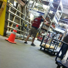 Photo taken at Lowe's Home Improvement by Travis H on 9/9/2013