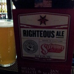 Photo taken at The Three John Scotts (Wetherspoon) by PudinHull on 12/27/2013