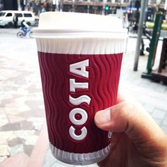 Photo taken at Costa Coffee by Daniel H. on 3/31/2014