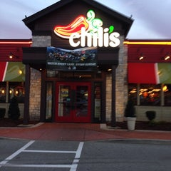 Photo taken at Chili's Grill & Bar by Stephanie S. on 9/25/2013