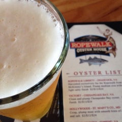 Photo taken at Ropewalk - A Fenwick Island Oyster House by Seaword on 8/8/2015
