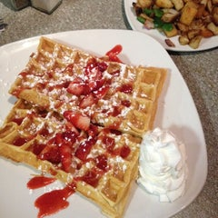 Photo taken at Grid Iron Waffle Shop by Jonathan F. on 1/20/2014