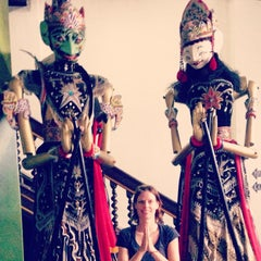 Photo taken at Museum Wayang by Maud W. on 1/22/2015