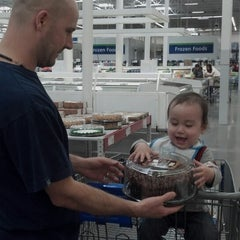 Photo taken at Sam's Club by yy 9. on 3/10/2013