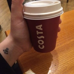 Photo taken at Costa Coffee by Katerina 👸 on 3/26/2016