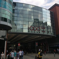 Photo taken at Arndale Shopping Centre by Rafal W. on 7/18/2013