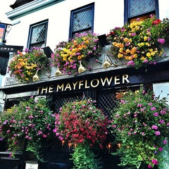 Photo taken at The Mayflower by Manoel A. on 9/6/2013