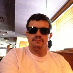 Photo taken at Outback Steakhouse by Percin M. on 6/2/2013