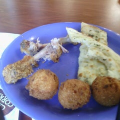 Photo taken at Golden Corral by Trell B. on 8/8/2014