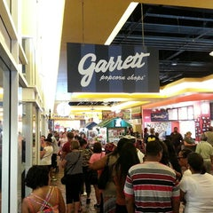 Photo taken at Garrett Popcorn Shops - Navy Pier by K. K. on 9/1/2013