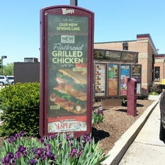 Photo taken at Wendy's by K. K. on 5/16/2013