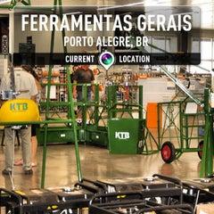 Photo taken at Ferramentas Gerais by JZK on 4/18/2013