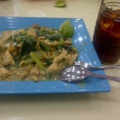 Photo taken at Mie Titi by Chaty I. on 4/19/2014