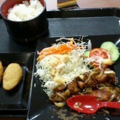 Photo taken at Hoka Hoka Bento by toni R. on 10/14/2012