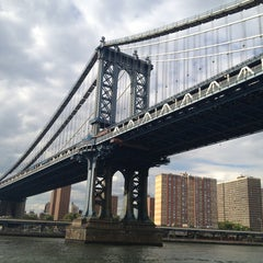 Photo taken at Manhattan Bridge by Lexie on 7/26/2013