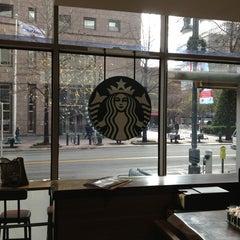 Photo taken at Starbucks by Ariel A. on 12/26/2012