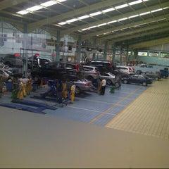 Photo taken at Honda Jakarta Center (PT Imora Motor) by Kiki L. on 3/1/2013