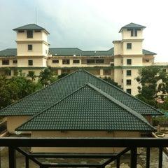 Photo taken at Sang Suria Condominium by izzat_syazwan on 2/8/2013