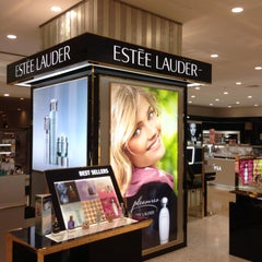Photo taken at Estee Lauder by BKK_FLYER on 5/6/2013