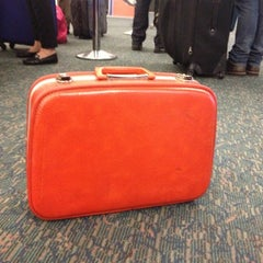 Photo taken at JetBlue Ticket Counter by Beni on 11/12/2012