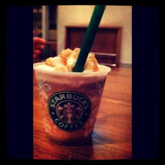 Photo taken at Starbucks Coffee by Markanthony S. on 9/12/2013